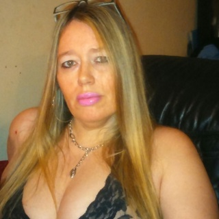 well i just love giving nice blow jobs and i love to dominate men and sometimes even play the submissive slave role, i love people with a fetish and also cross dressers love 2 have slaveboys